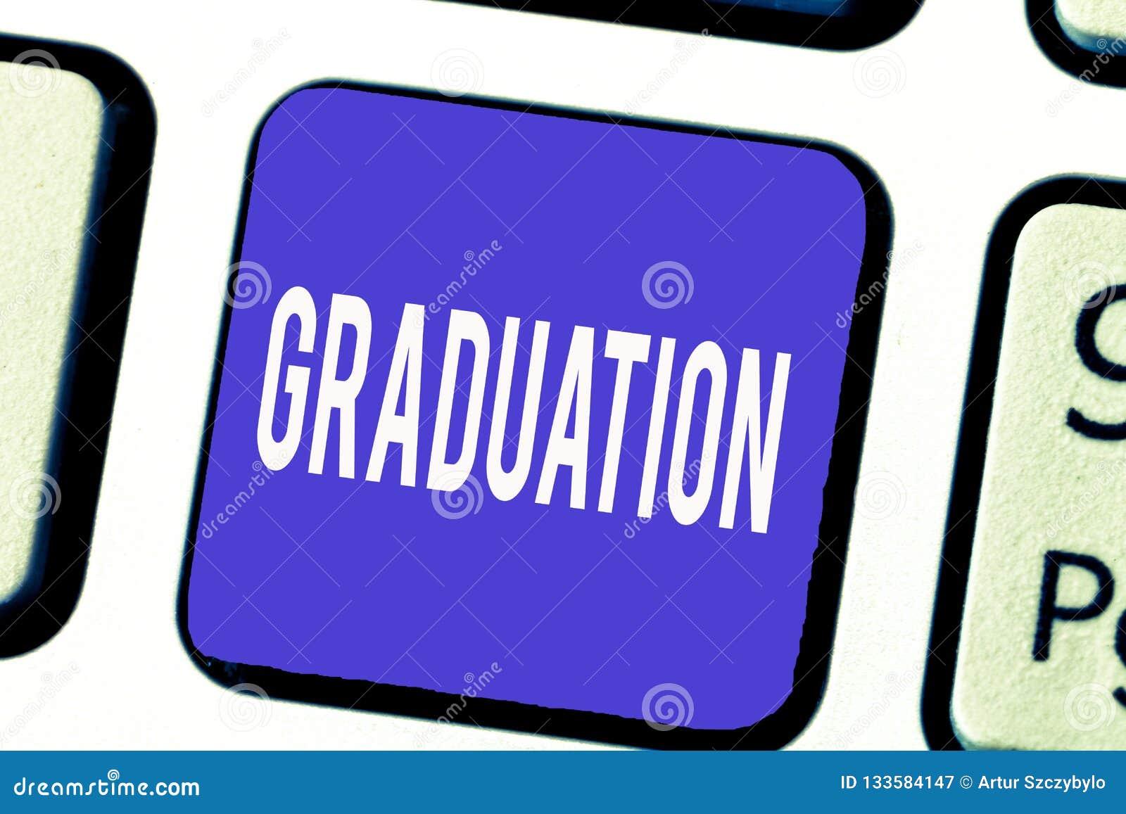 Palavra que escreve a graduação do texto Conceito do negócio para receber ou conferir da certificação do diploma do grau acadêmic