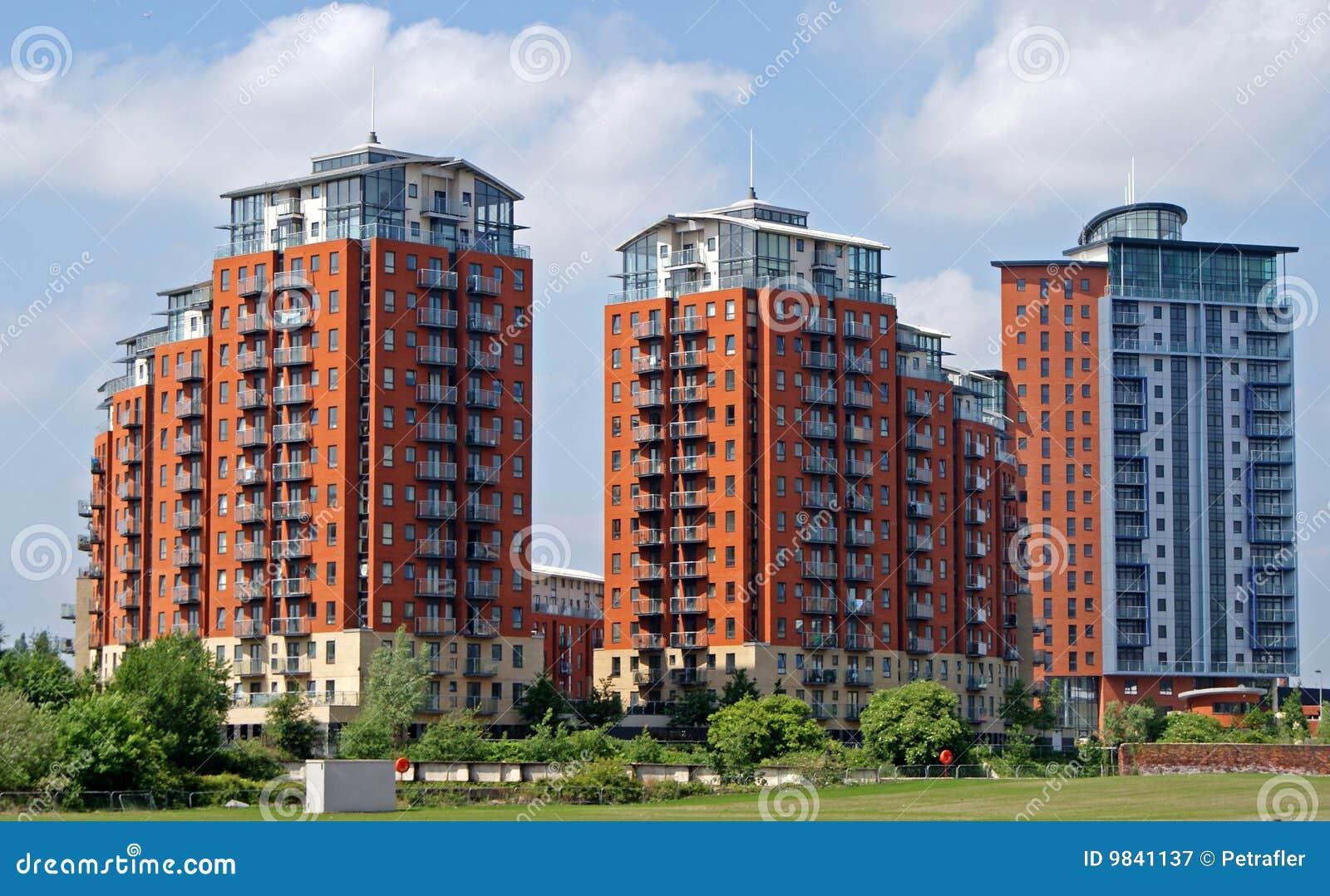 palazzine di appartamenti moderne immagine stock
