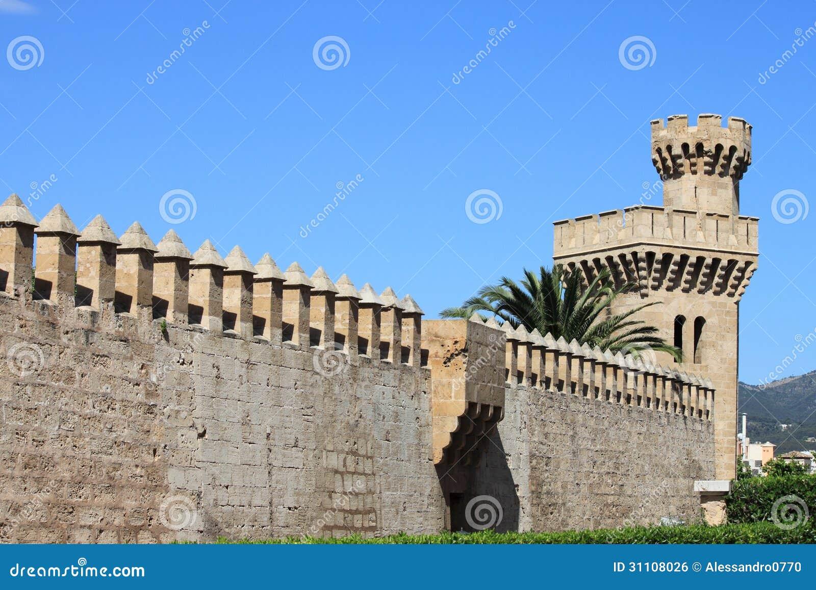 Palazzo di almudaina in palma de mallorca fotografia stock - Fotografia palma de mallorca ...
