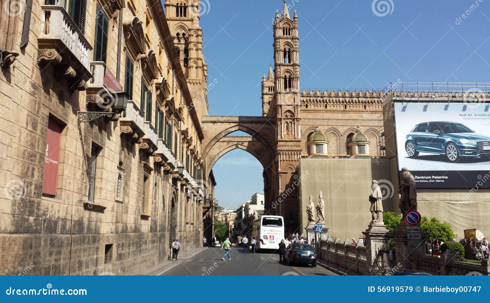The palermo cathedral palermo sicily italy editorial for Corso arredatore d interni catania