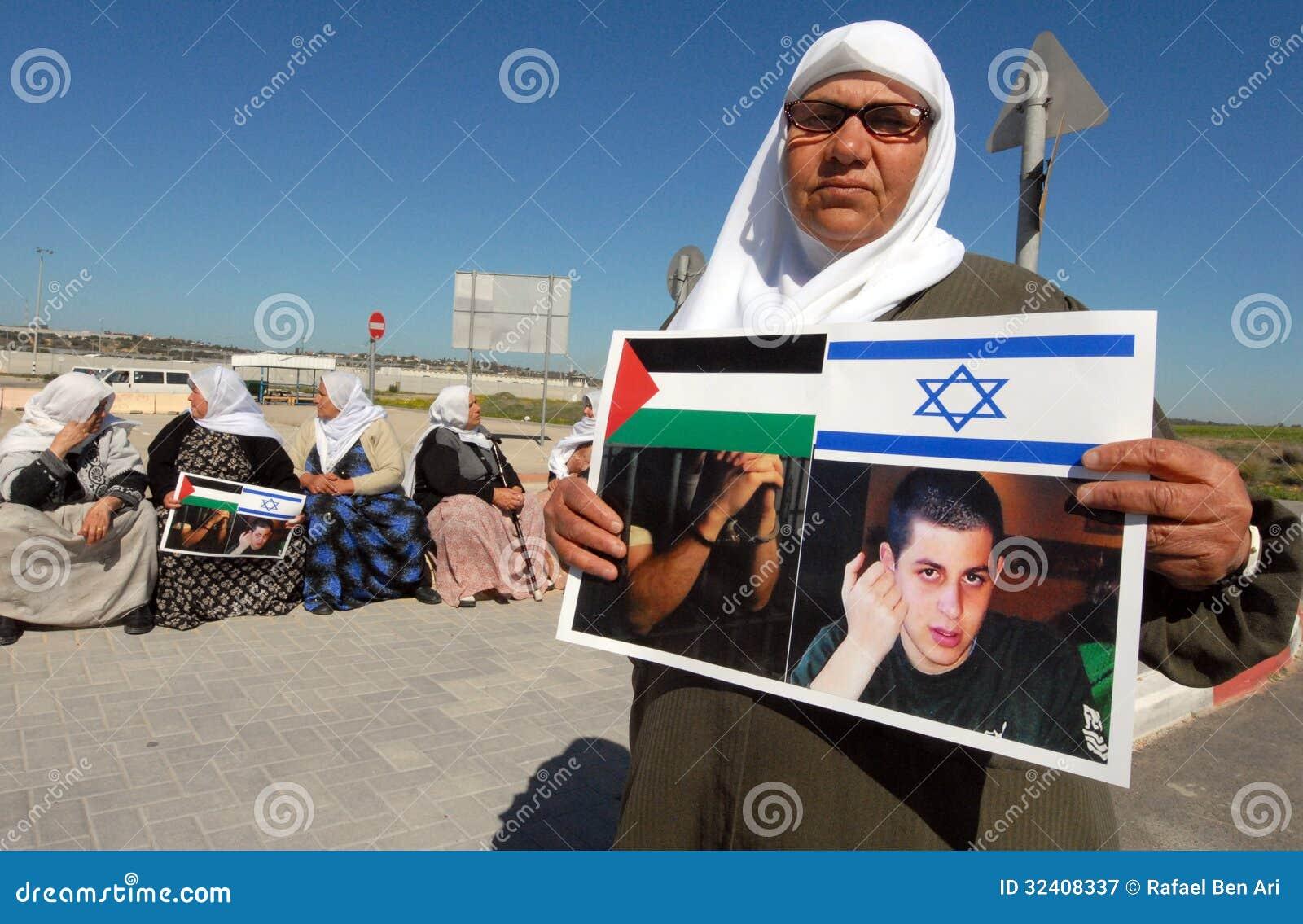 Gilad shalit tillbaka i israel