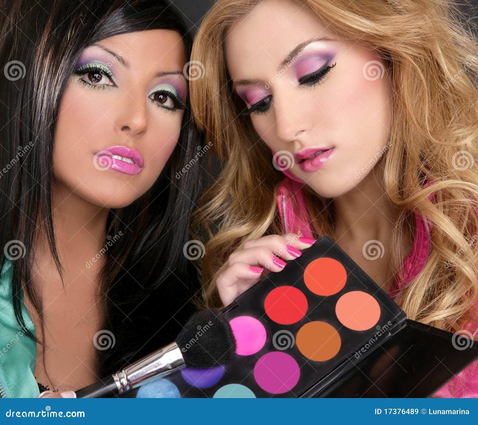 Palett för flickor för mode för barbieborsteögonskugga