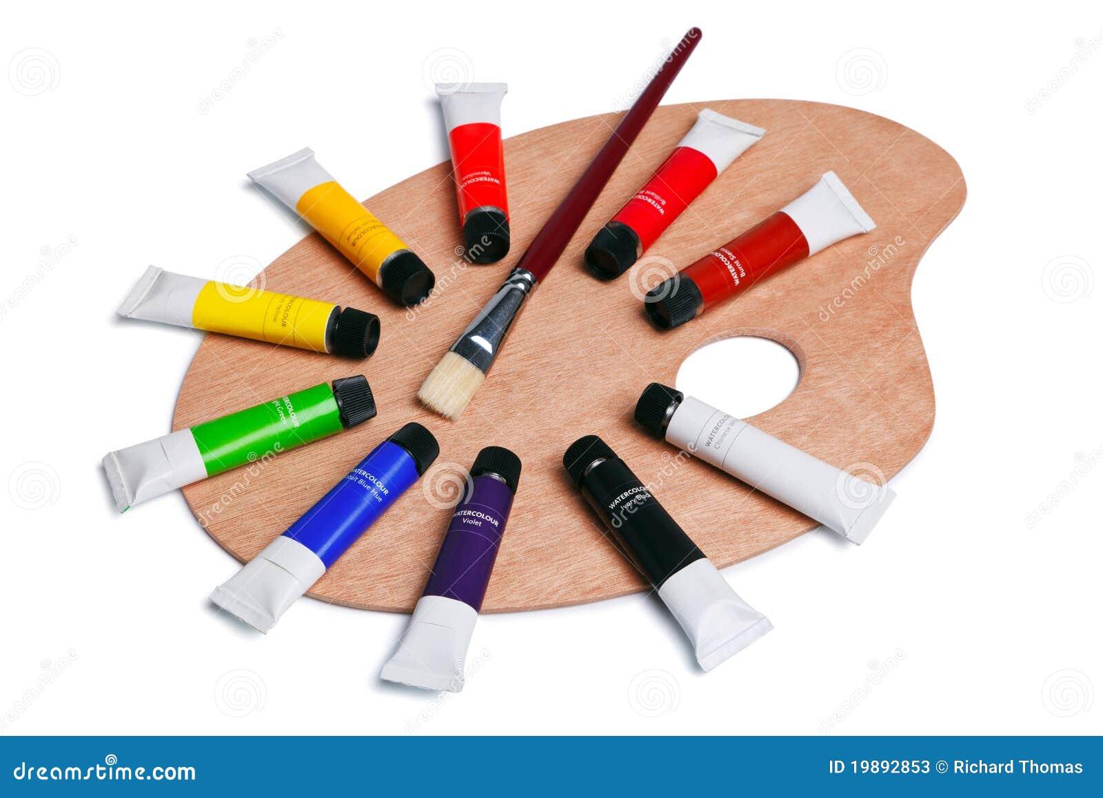 Palette en bois avec des tubes de peinture d 39 isolement - Peinture pour palette en bois ...