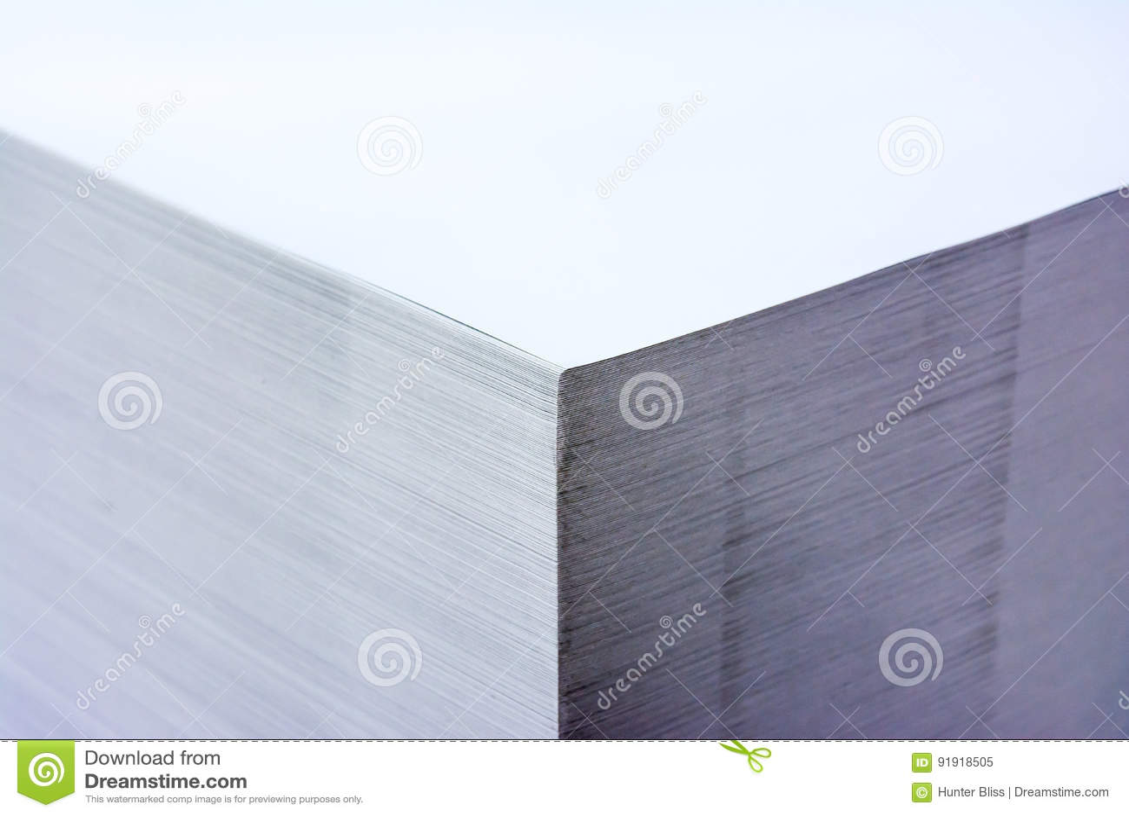 Palette industrielle contrastée Storag de format de pile de papier grande