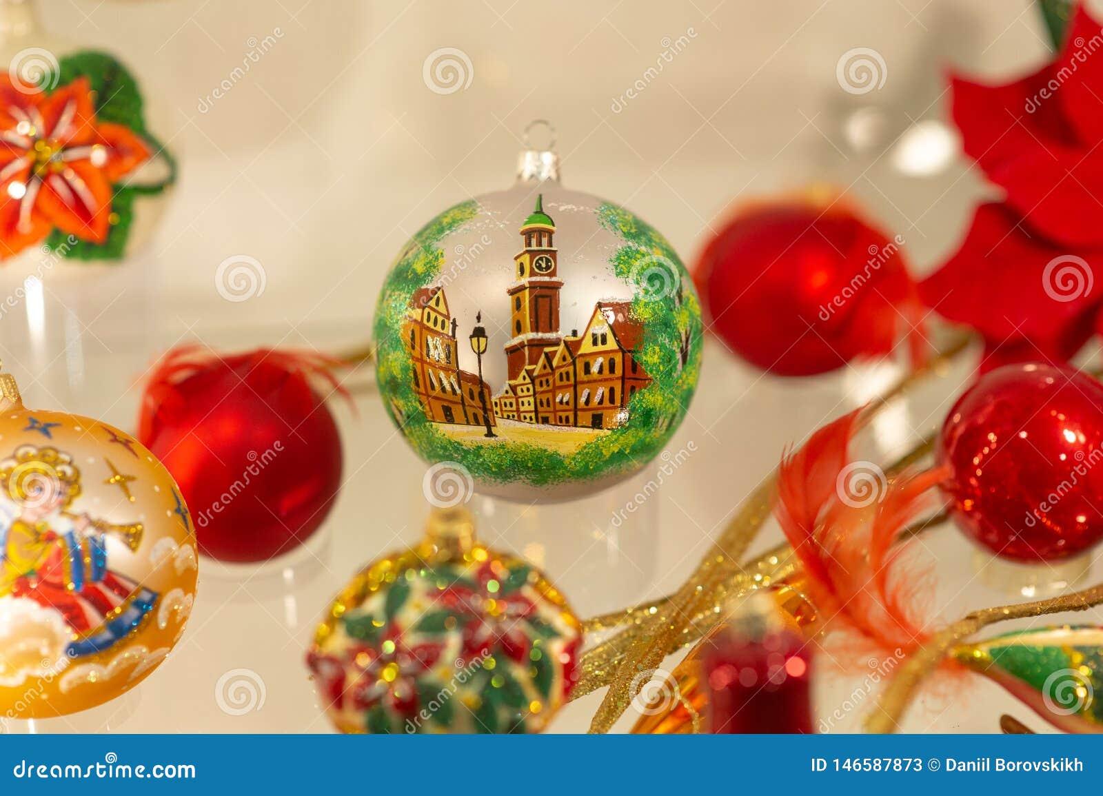 Palla di notte di San Silvestro con un immagine di una città