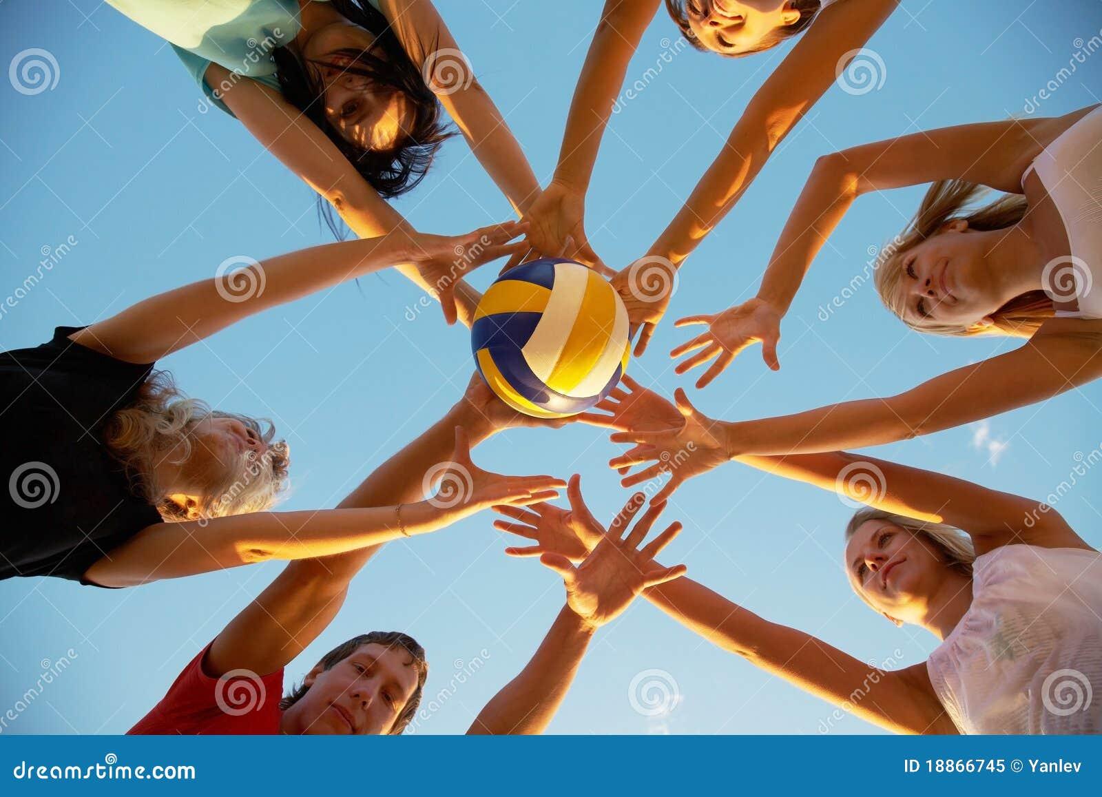 Pallavolo sulla spiaggia fotografia stock libera da - Campi da pallavolo gratis stampabili ...
