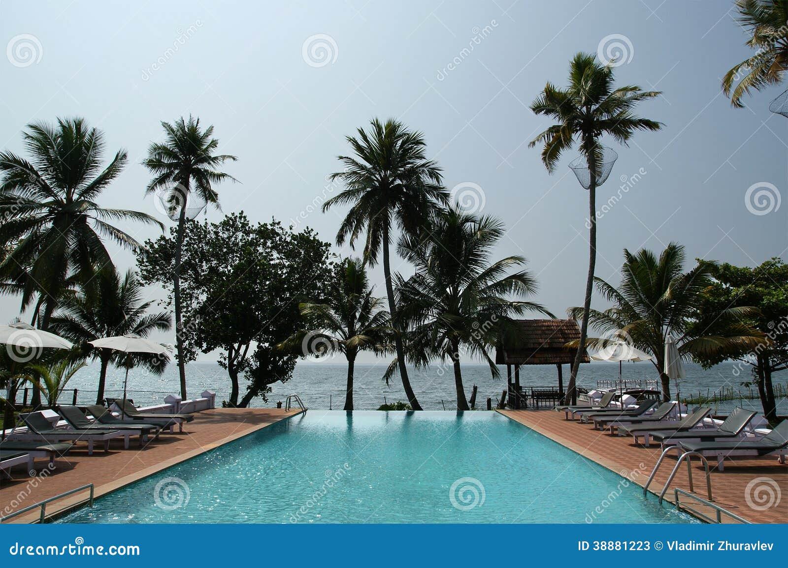 Piscinas en las palmas la imagen puede contener persona for Piscinas naturales las palmas