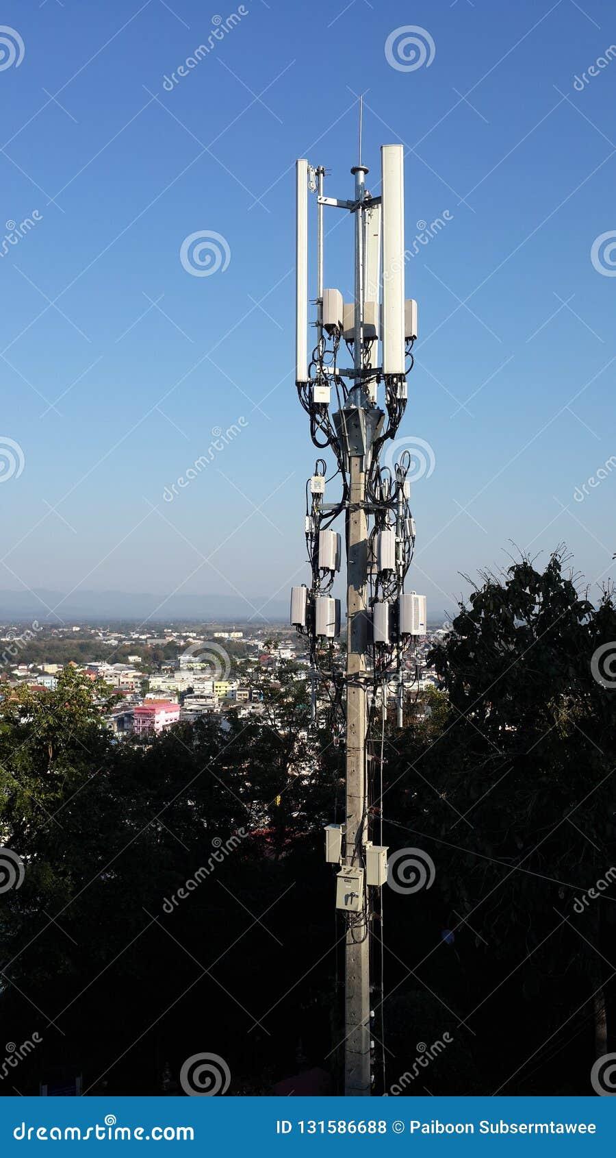 Palo del segnale di telefono