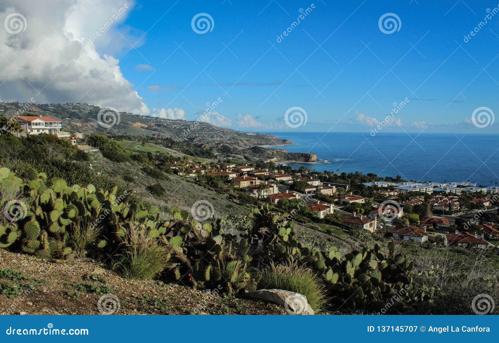 sweeping view of the palos verdes peninsula coastline, los