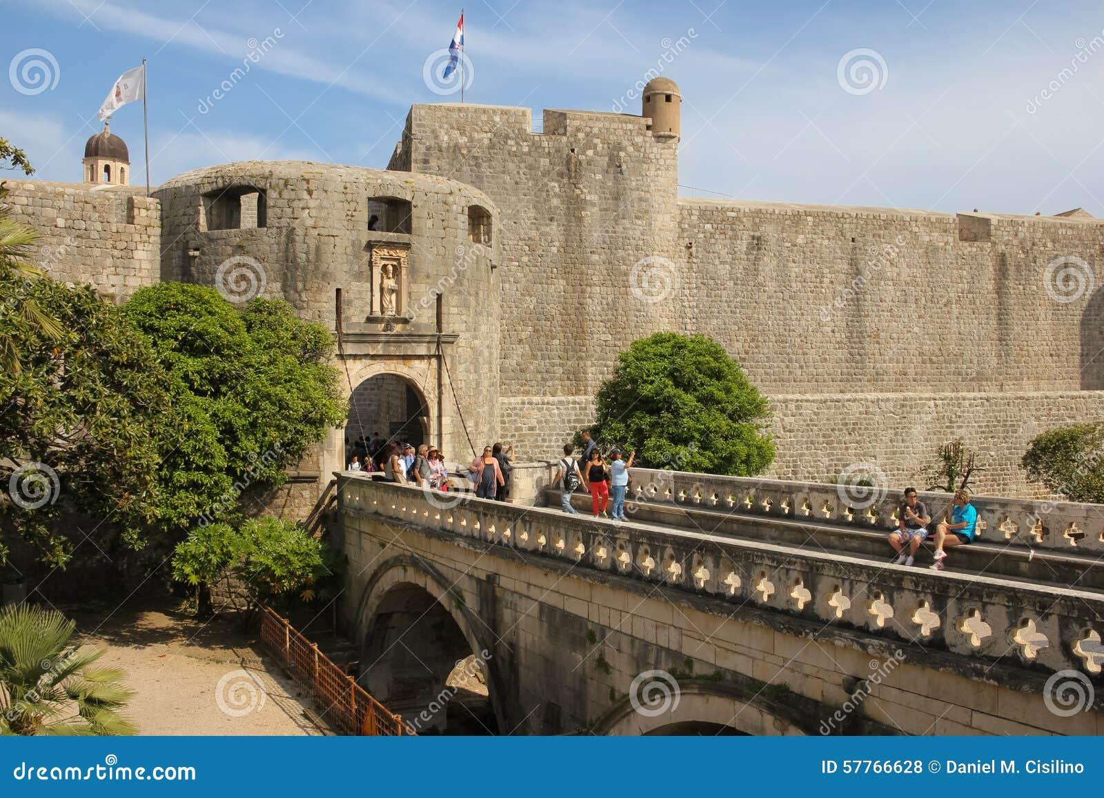 Palowe bramy i miasta ściany dubrovnik Chorwacja