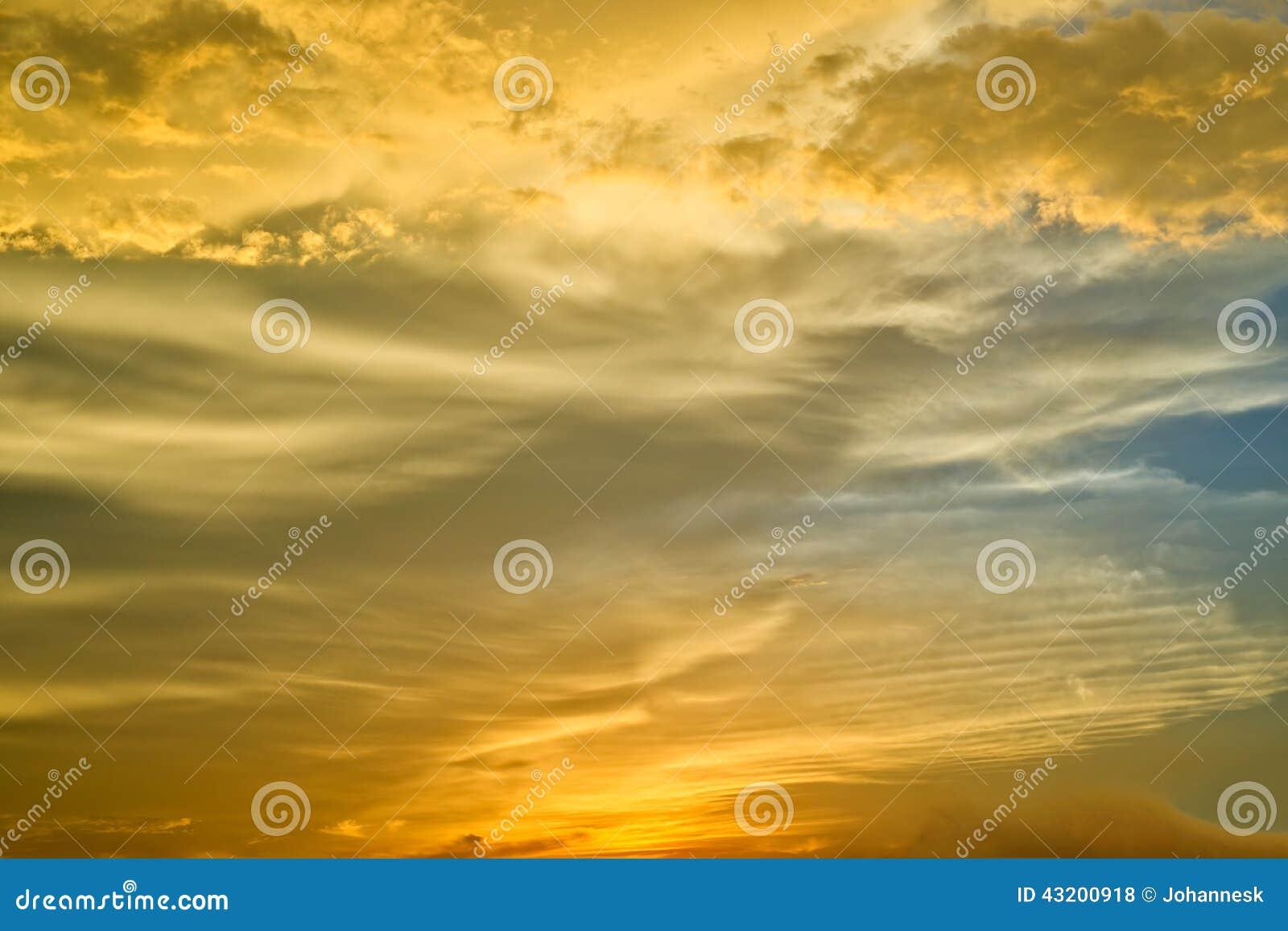 Download Pamoramic sikt arkivfoto. Bild av yellow, oklarhet, natur - 43200918