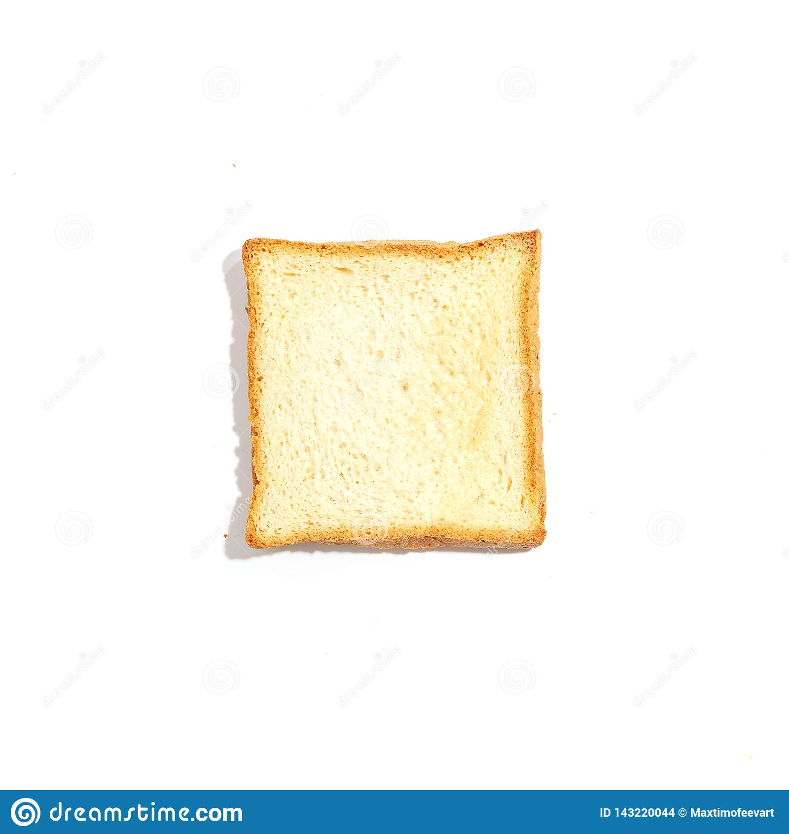 Pan cortado de la tostada aislado en el fondo blanco Visión superior