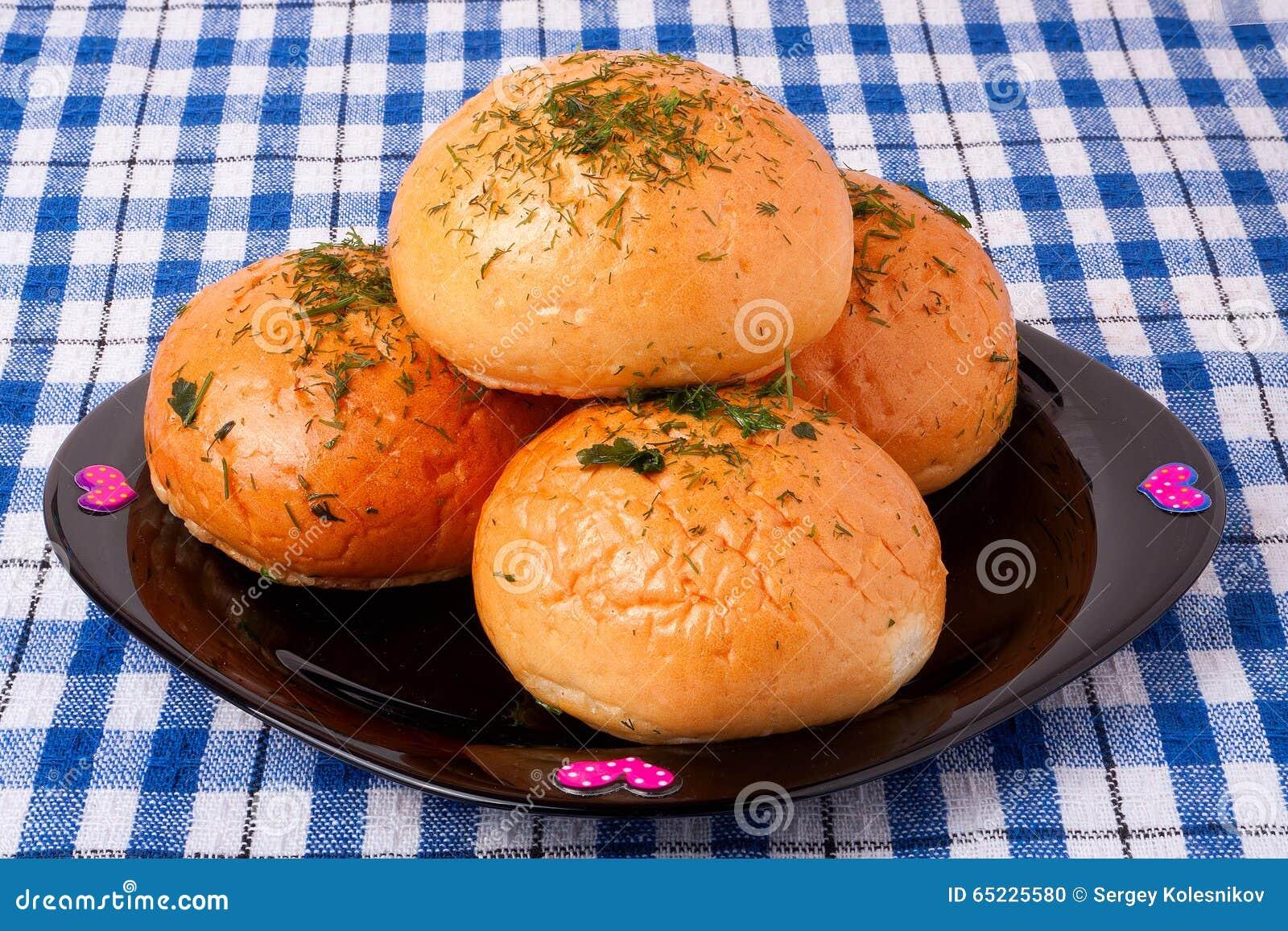Pan de ajo en una placa
