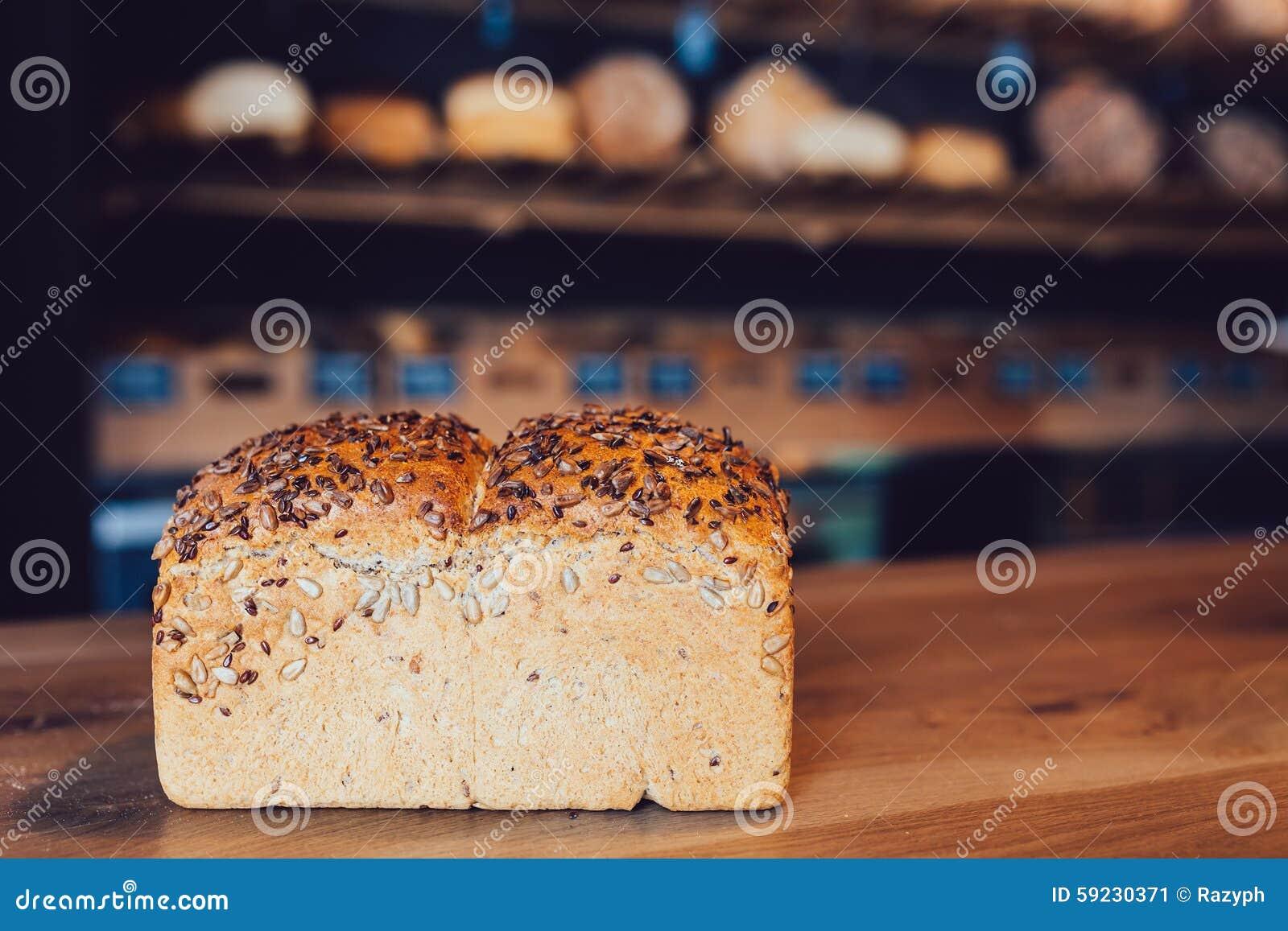 Download Pan de las semillas imagen de archivo. Imagen de delicioso - 59230371