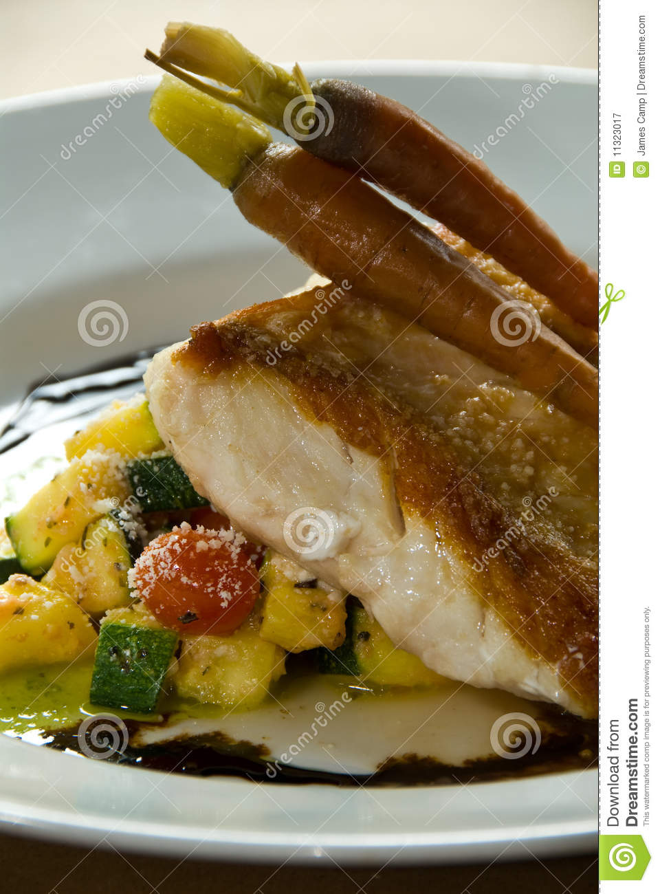 Pan grilled fish fillet royalty free stock photography for Pan grilled fish