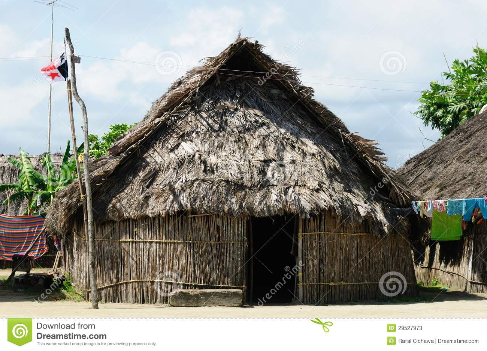 Panamá, casa tradicional dos residentes do arquipélago de San Blas