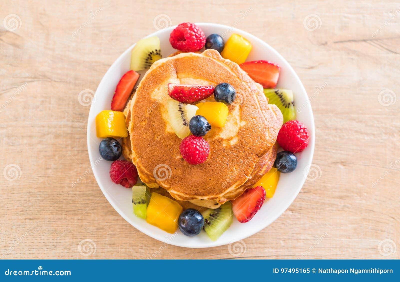 Pancake con i frutti della miscela