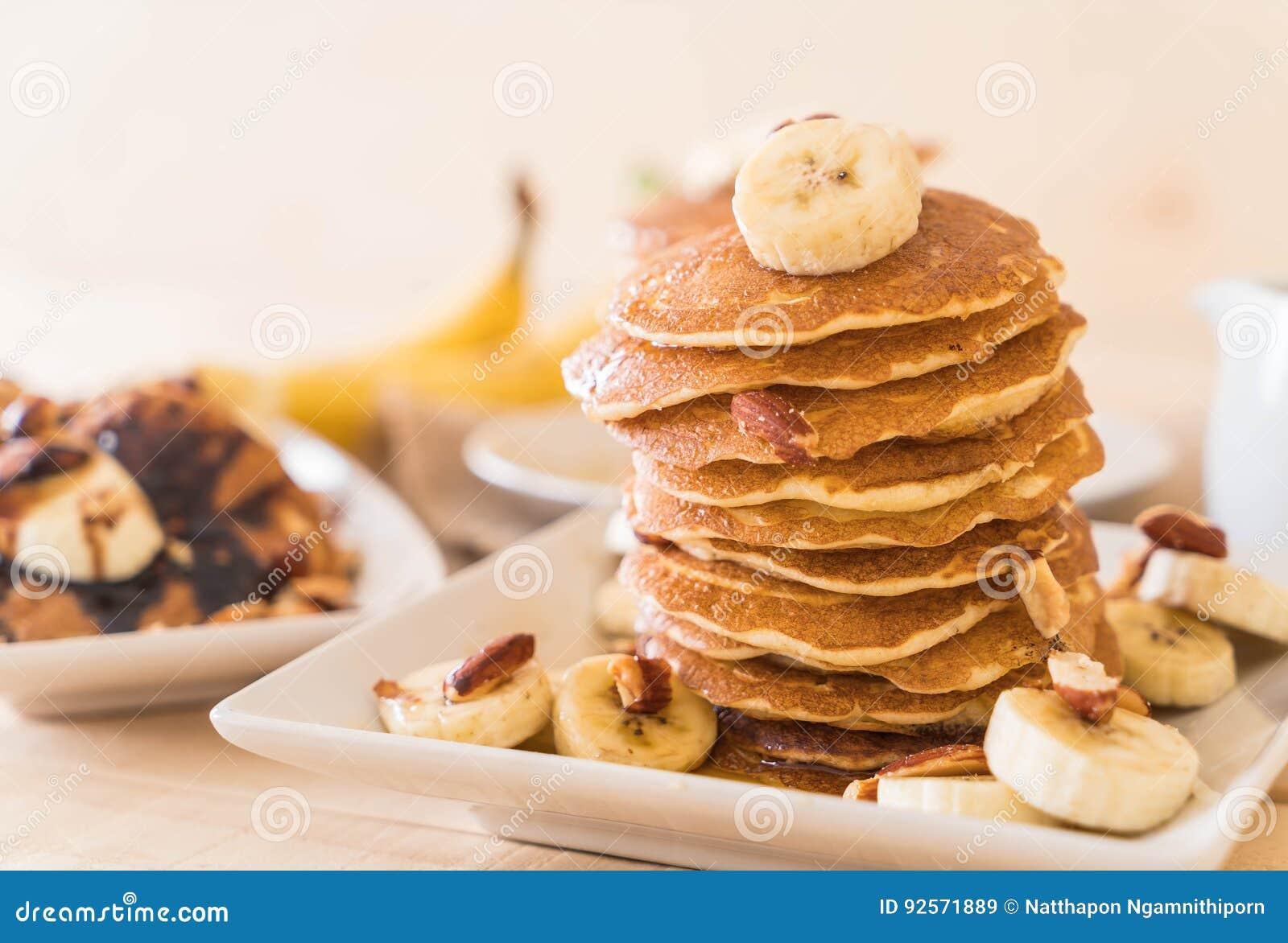Pancake della banana della mandorla