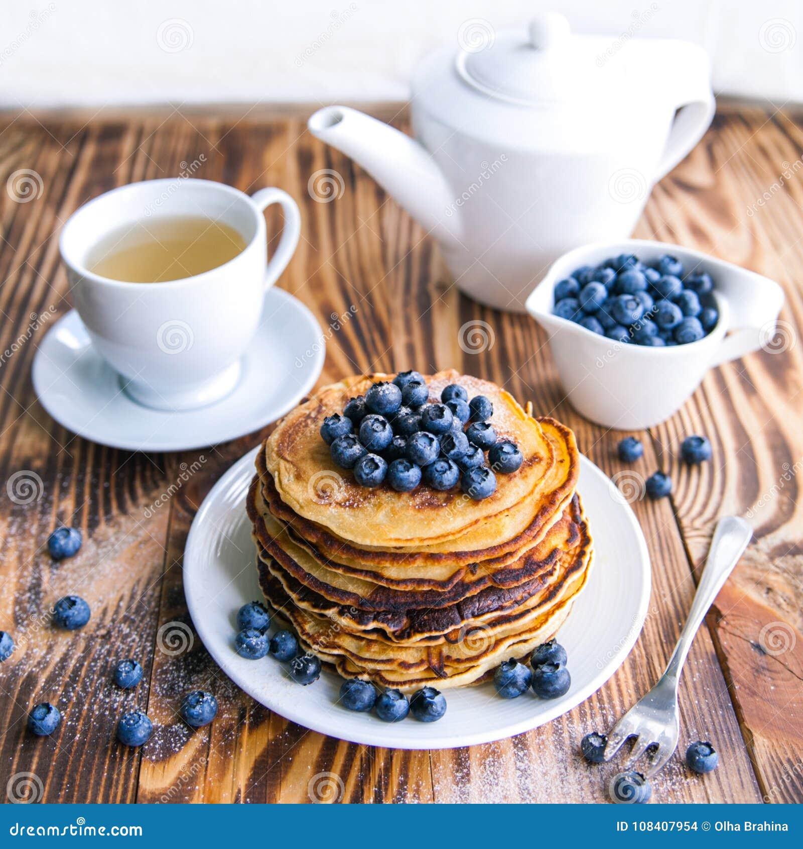 Pancakes Healthy Breakfast With Blueberries, Bog ...