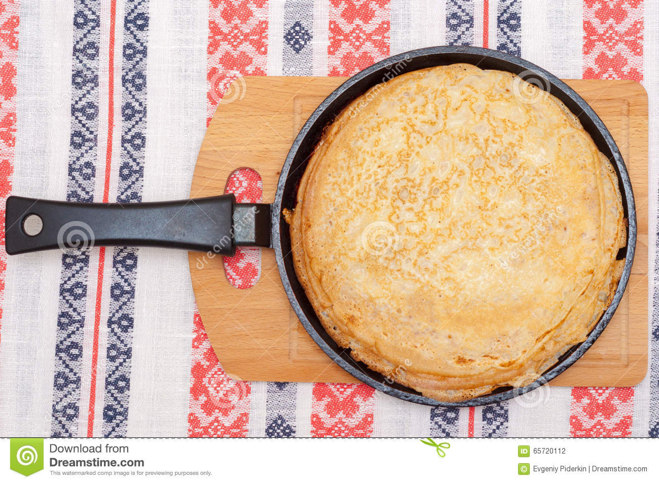 Pancakes In Pan Top View Tablecloth With Patterns