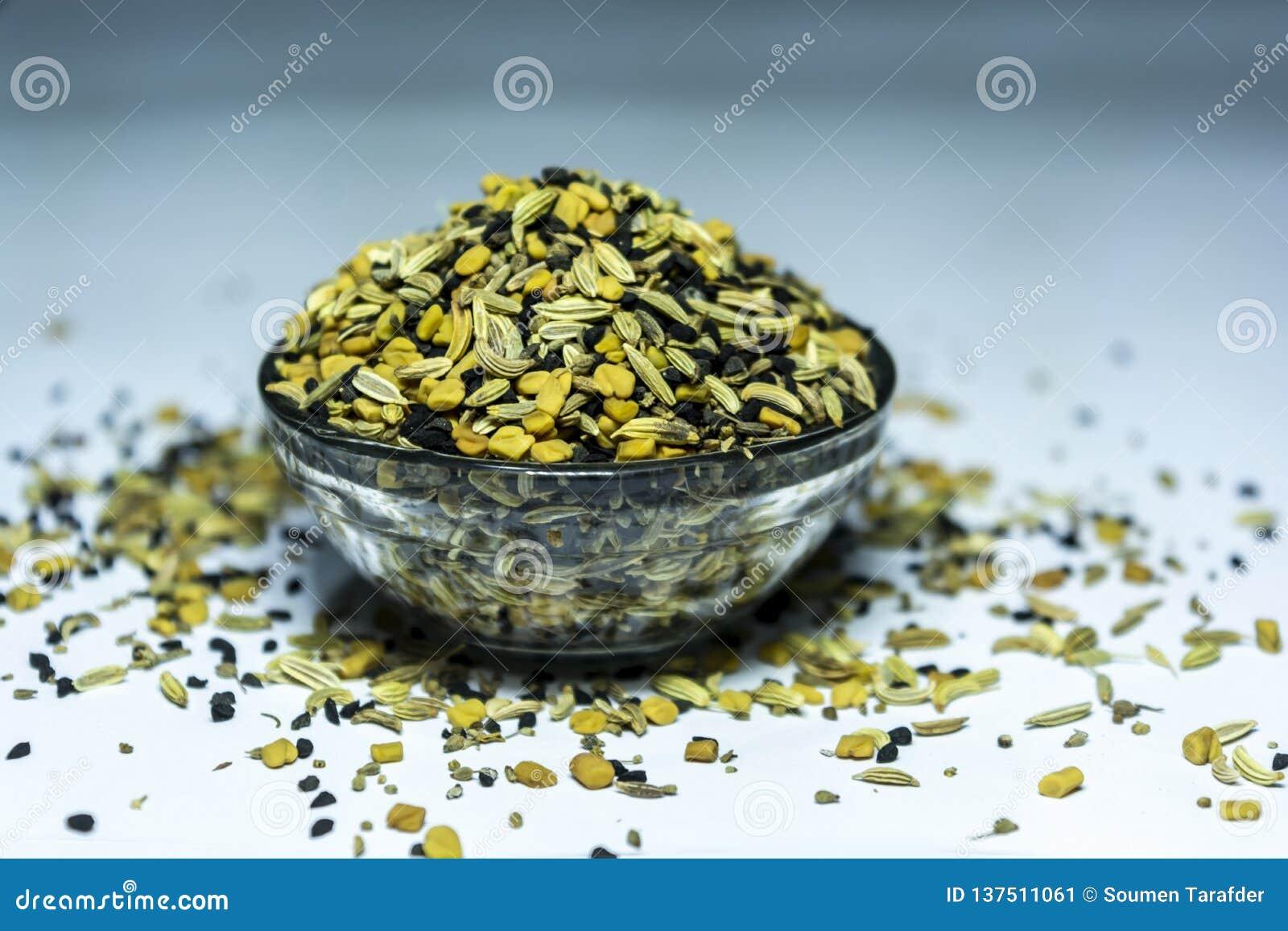 Panch Phoron - una mezcla de cinco SpicesMasala indio