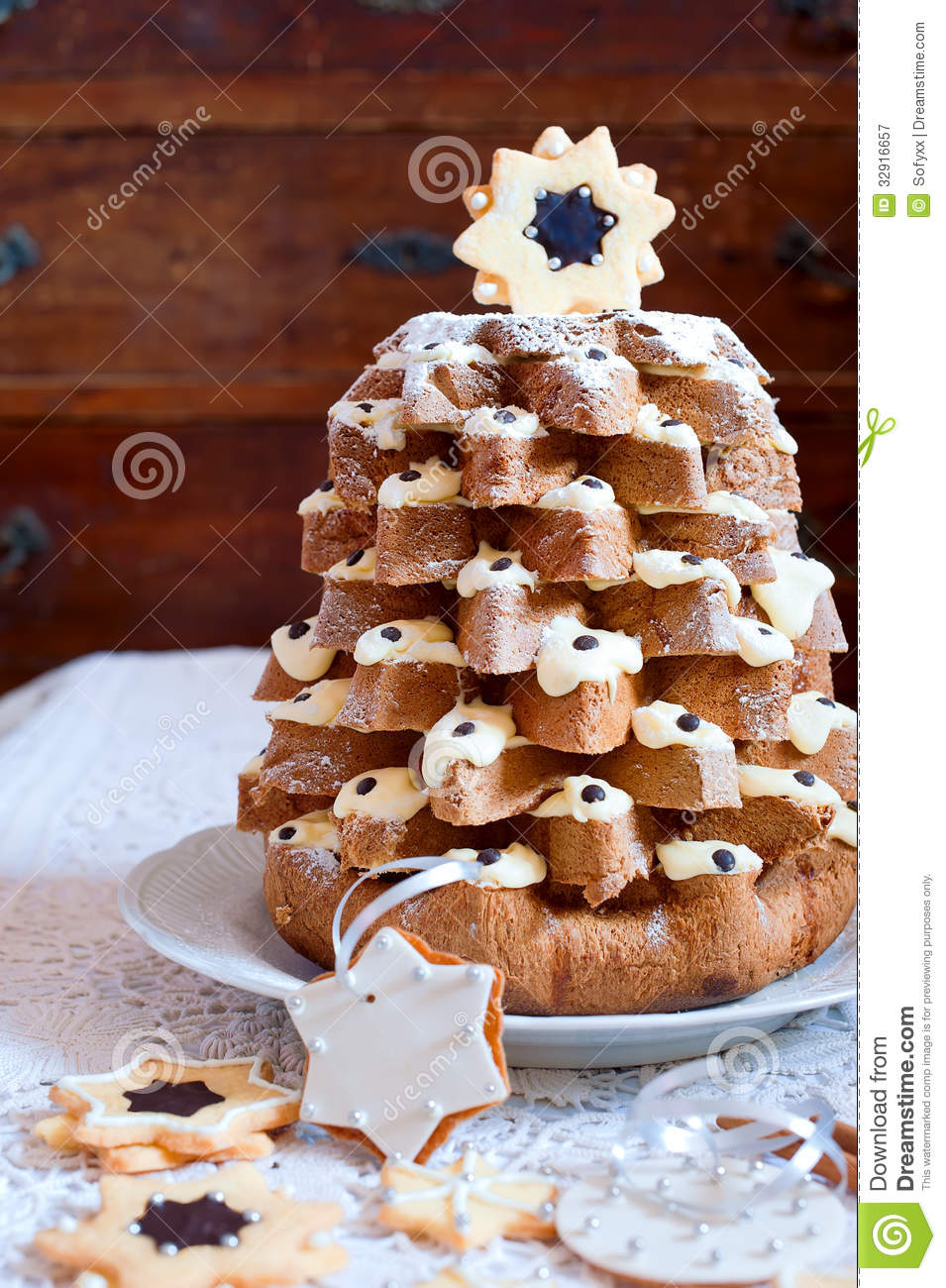 Pandoro Italian Sweet Christmas Tree Royalty Free Stock ...