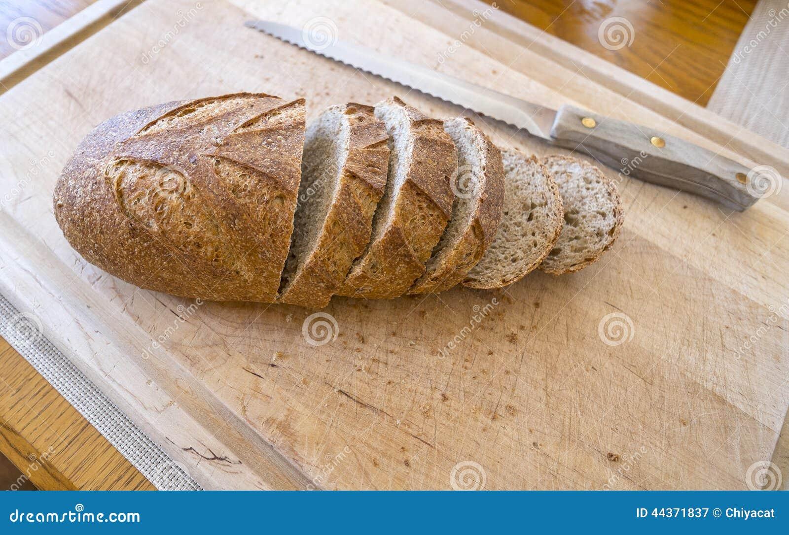 Pane crostoso del grano intero