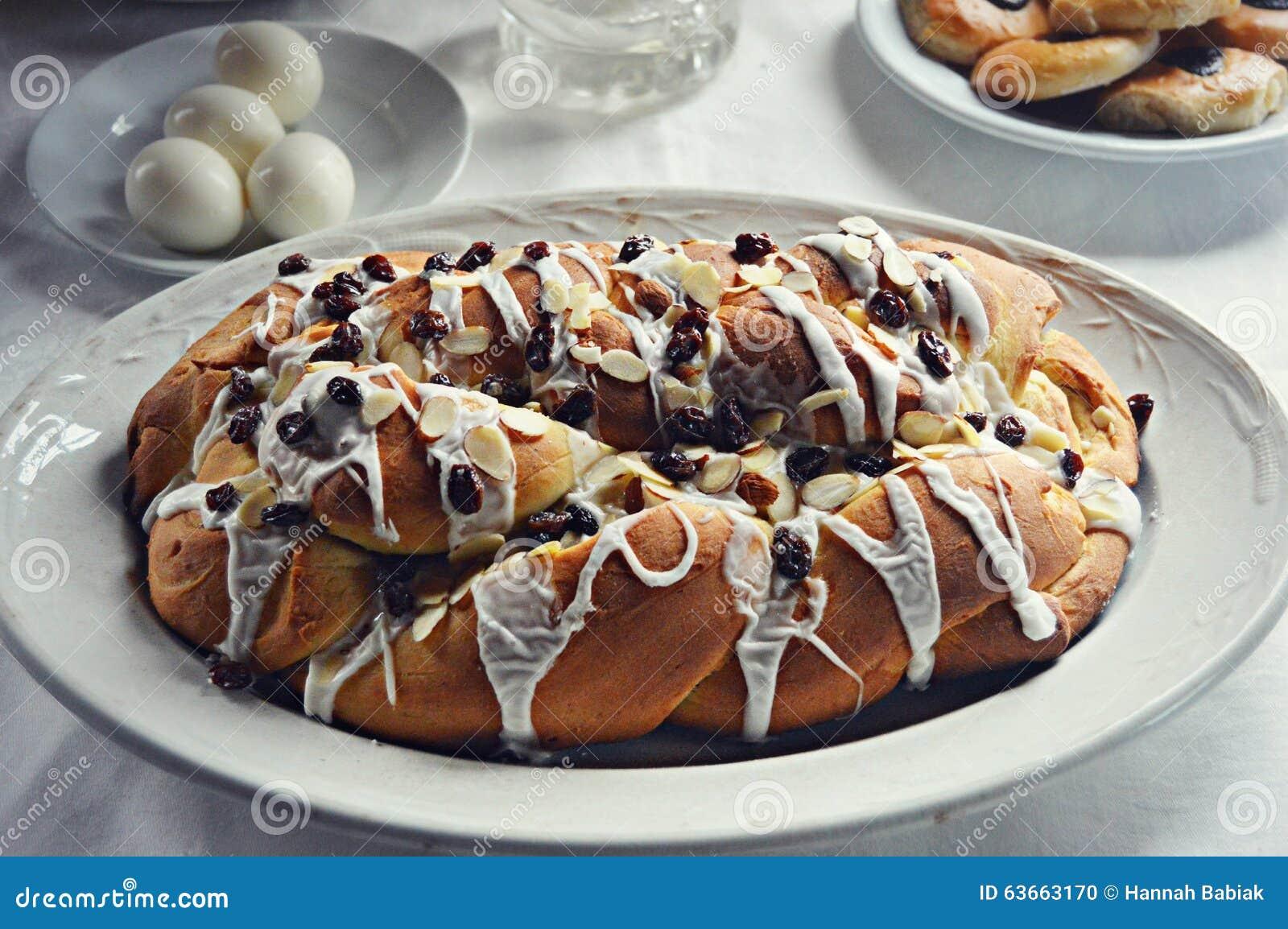 Pane di natale con mandorle