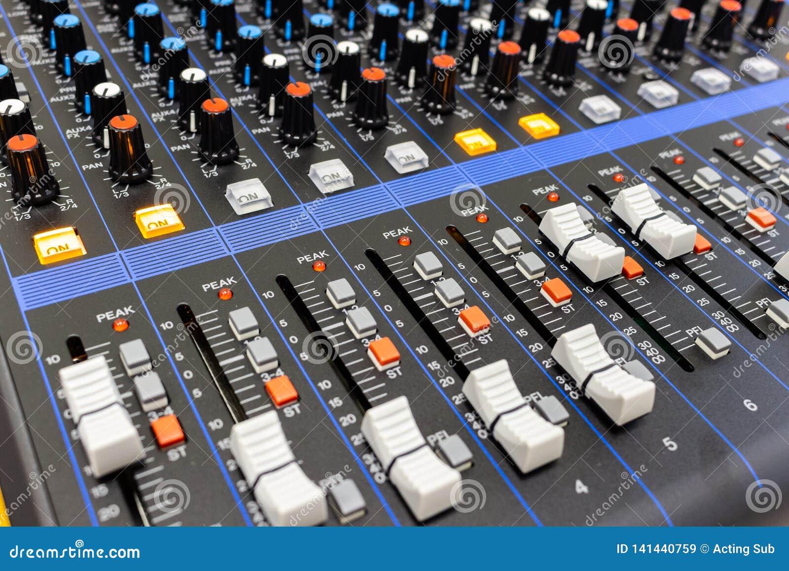 Panel de control del mezclador de sonidos