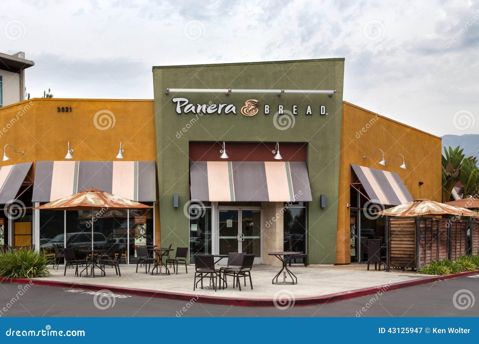 Panera bread restaurant exterior editorial photography for Restaurant exterior design ideas