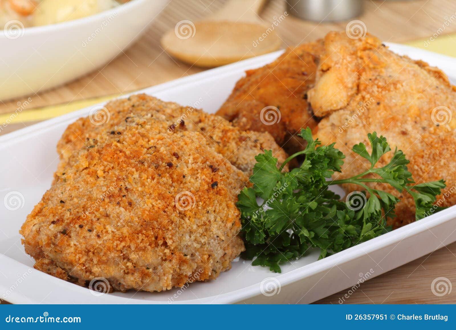 Panierte Huhn-Schenkel