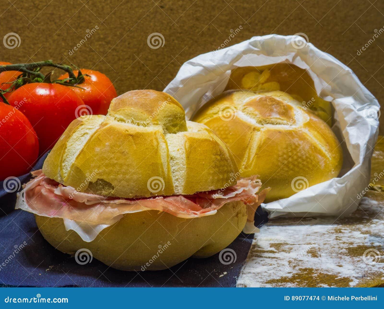 Panini com presunto de Parma