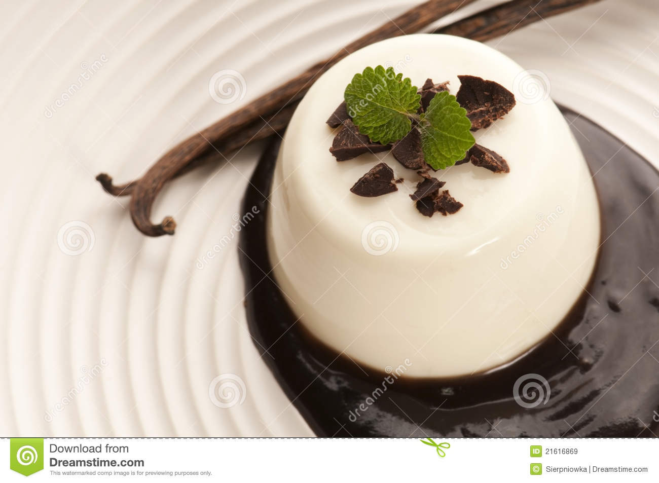 panna cotta with chocolate and vanilla beans stock image. Black Bedroom Furniture Sets. Home Design Ideas