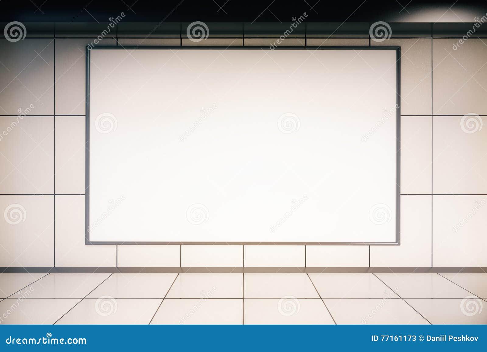 Panneau d affichage vide dans l intérieur de tuile