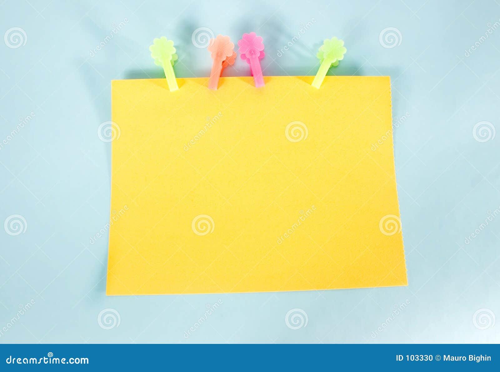 Panneau de message jaune