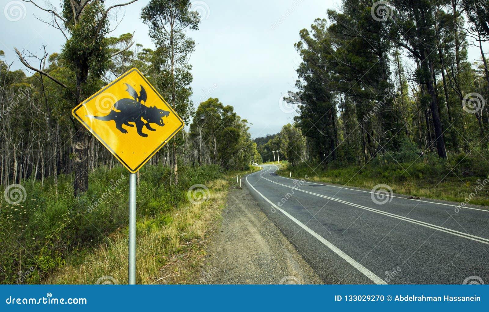 Panneau routier de croisement de diable tasmanien