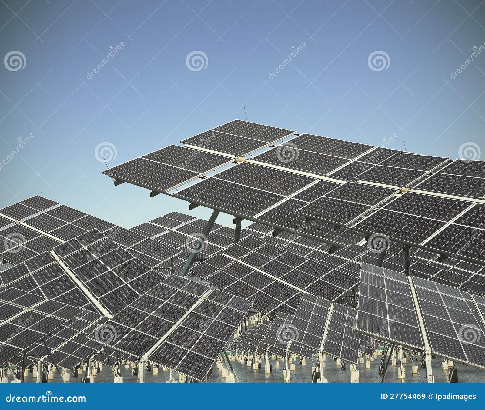 Panneau solaire en vert