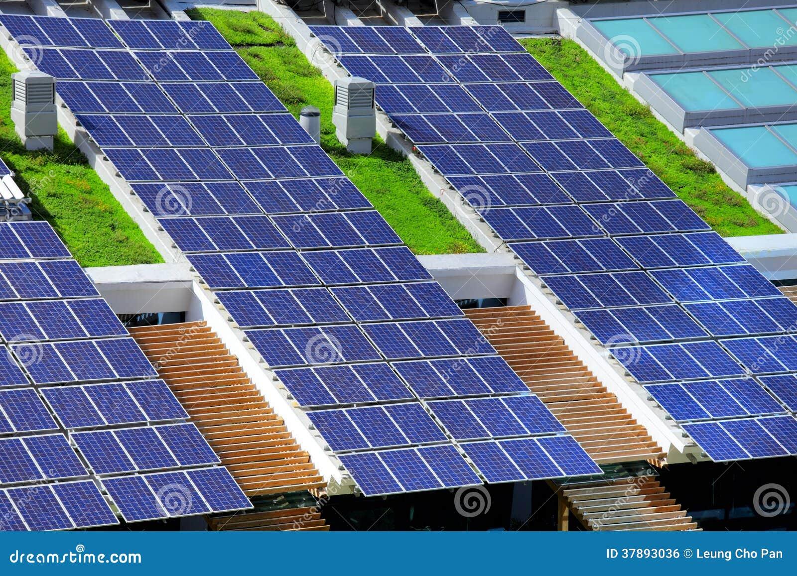 panneau solaire sur le dessus de toit photo stock image du solaire australie 37893036. Black Bedroom Furniture Sets. Home Design Ideas