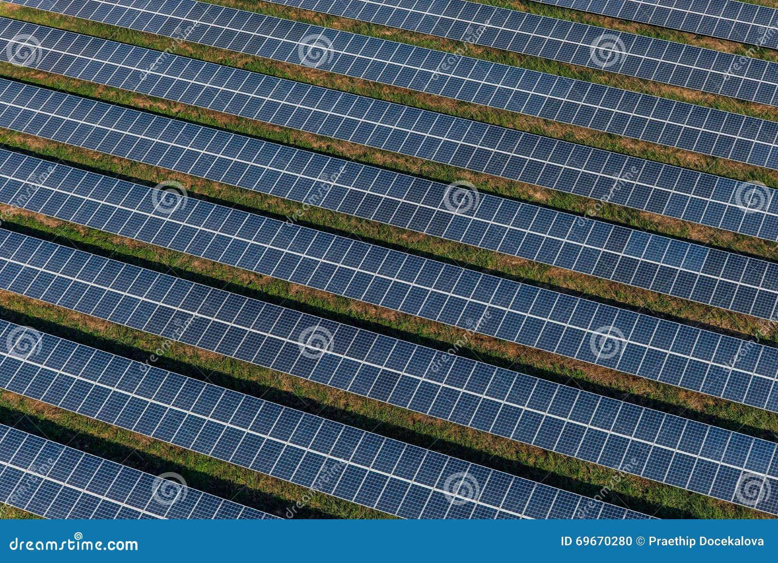 Panneaux solaires, fermes solaires