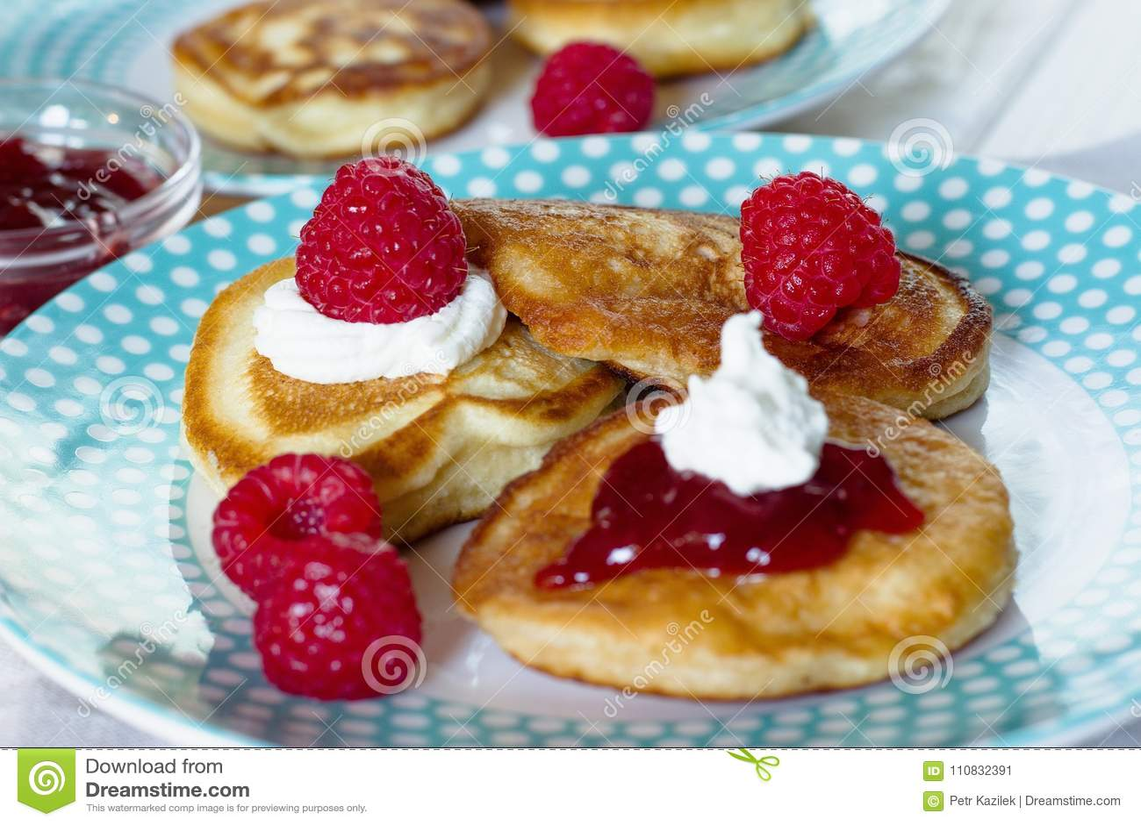Pannekoeken met frambozen