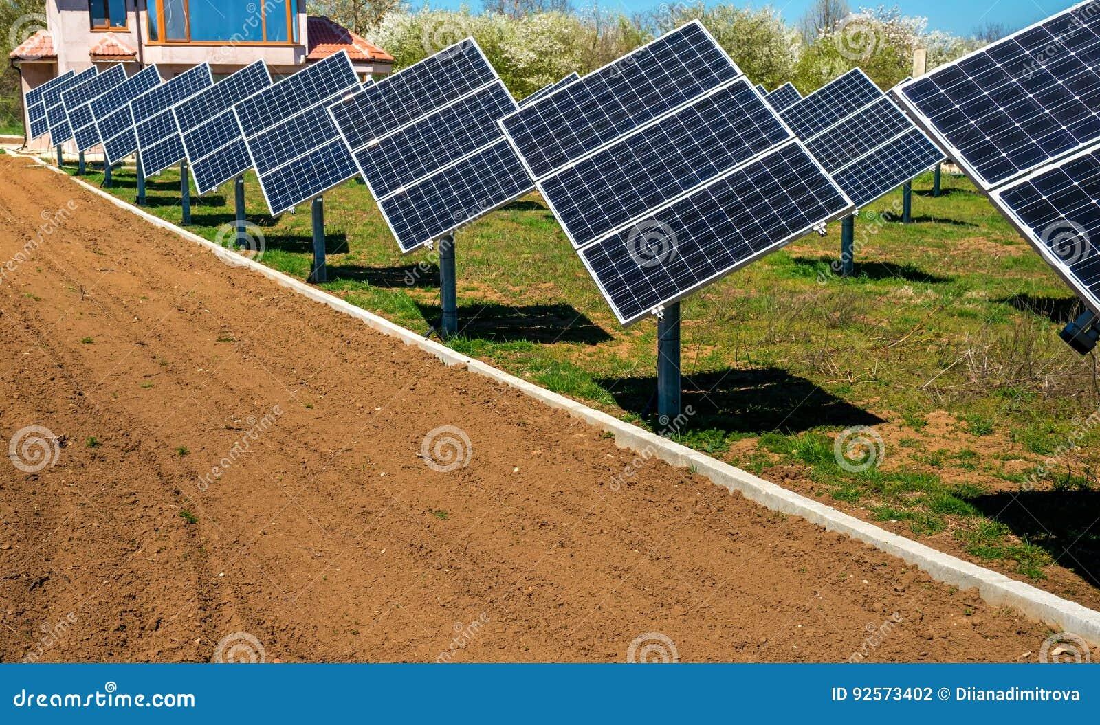 Pannello solare, fonte fotovoltaica e alternativa di elettricità