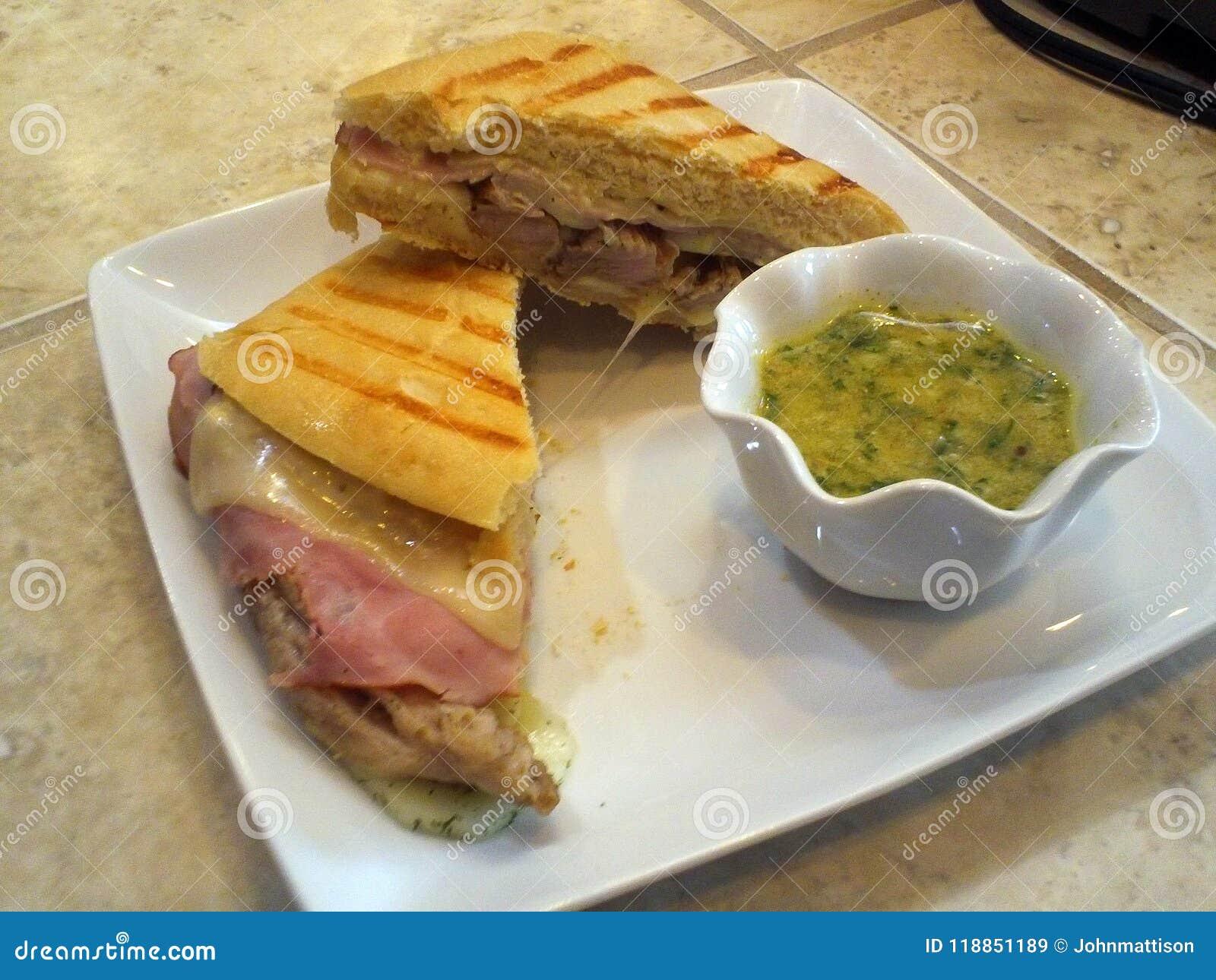 Panning Sandwich