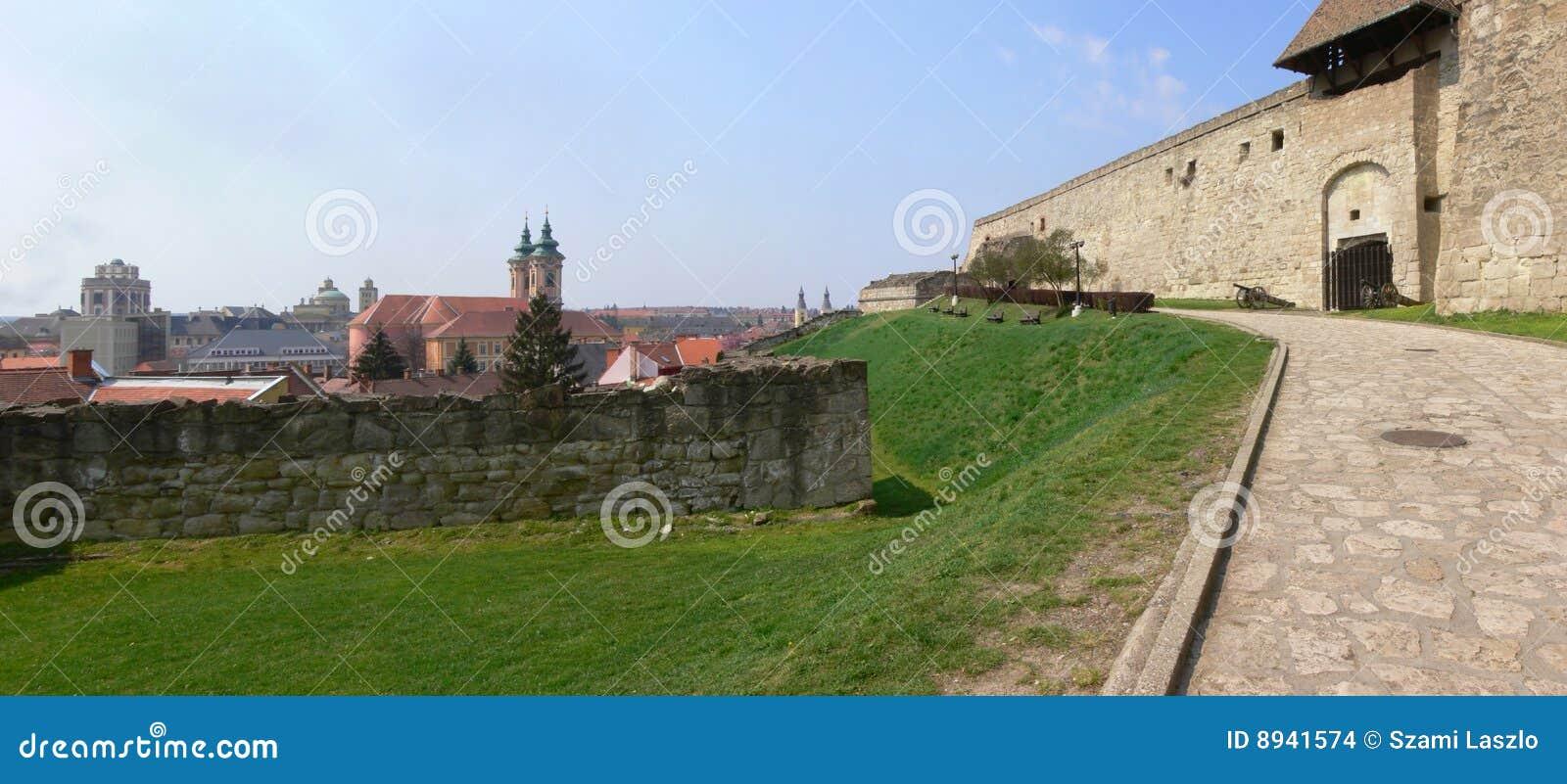 Panorama 2 del castillo de Eger