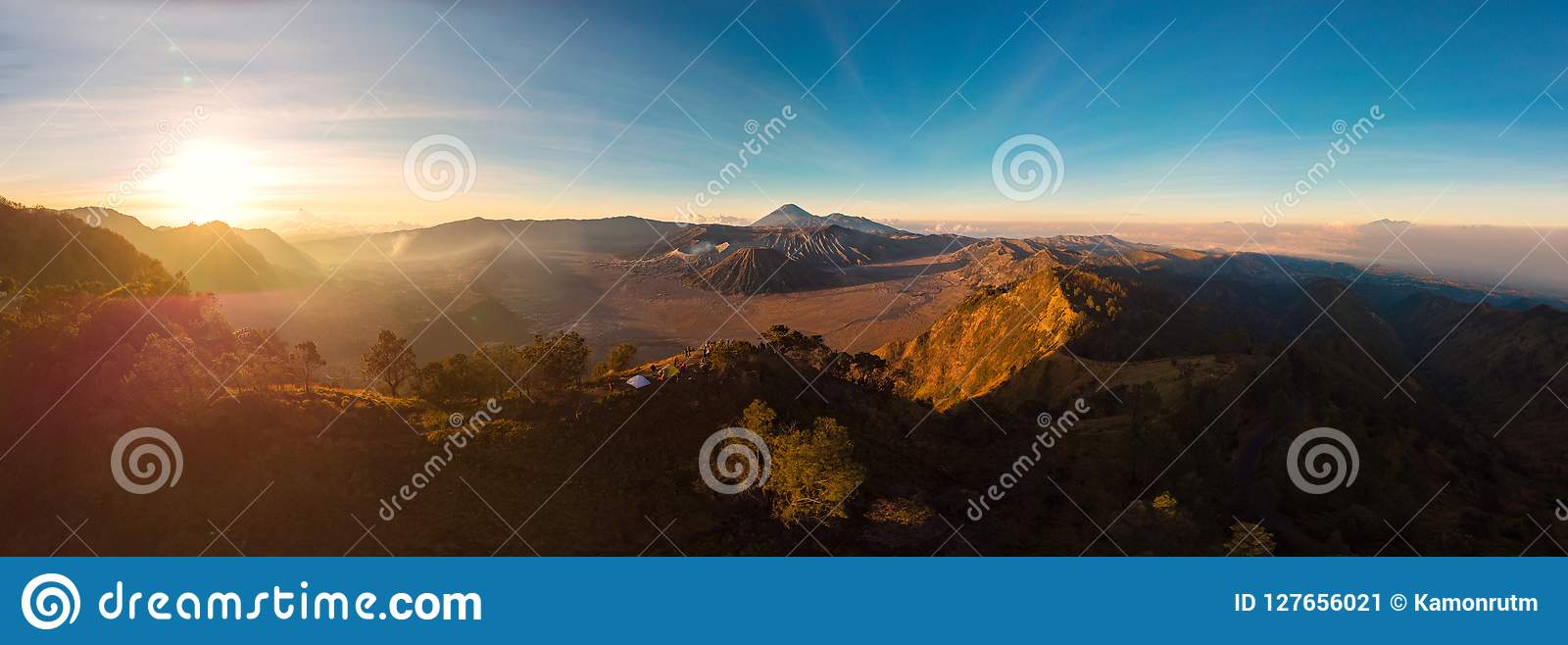 Panorama Aerial view of Sunrise over the Mountain Bromo active v