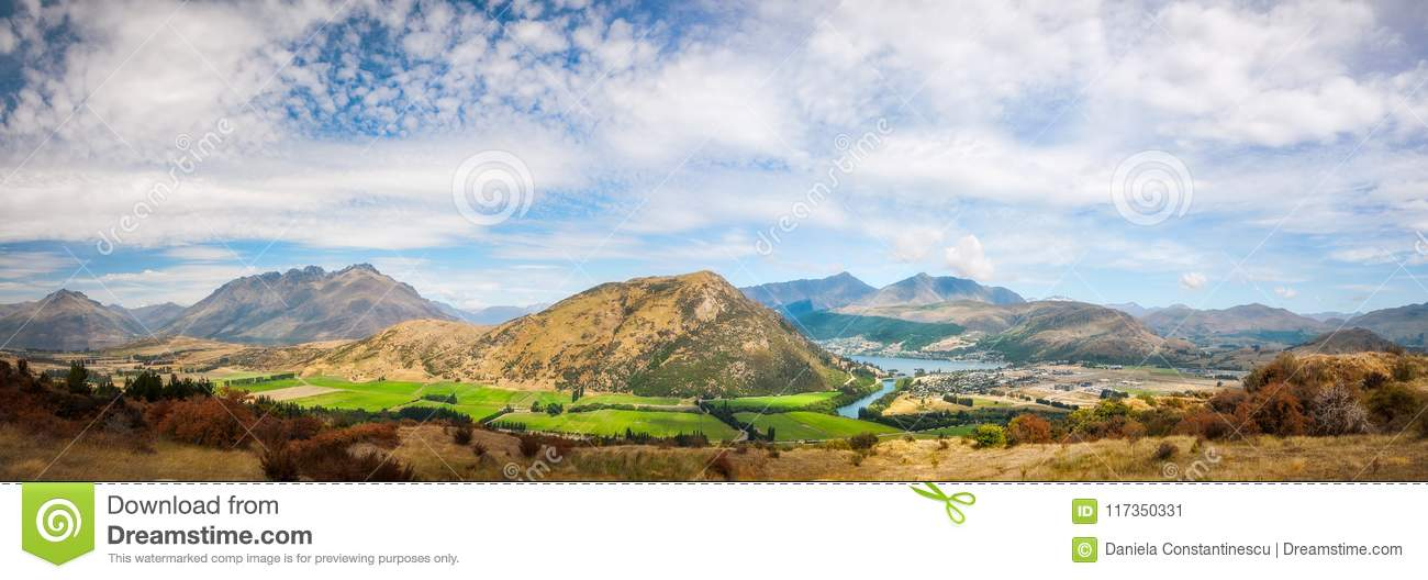 Panorama alpin spectaculaire donnant sur Queenstown