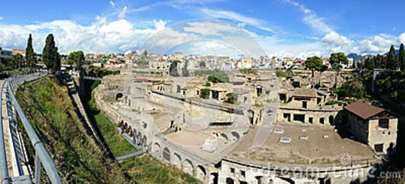 Panorama arqueológico do local - Herculaneum o Vesúvio