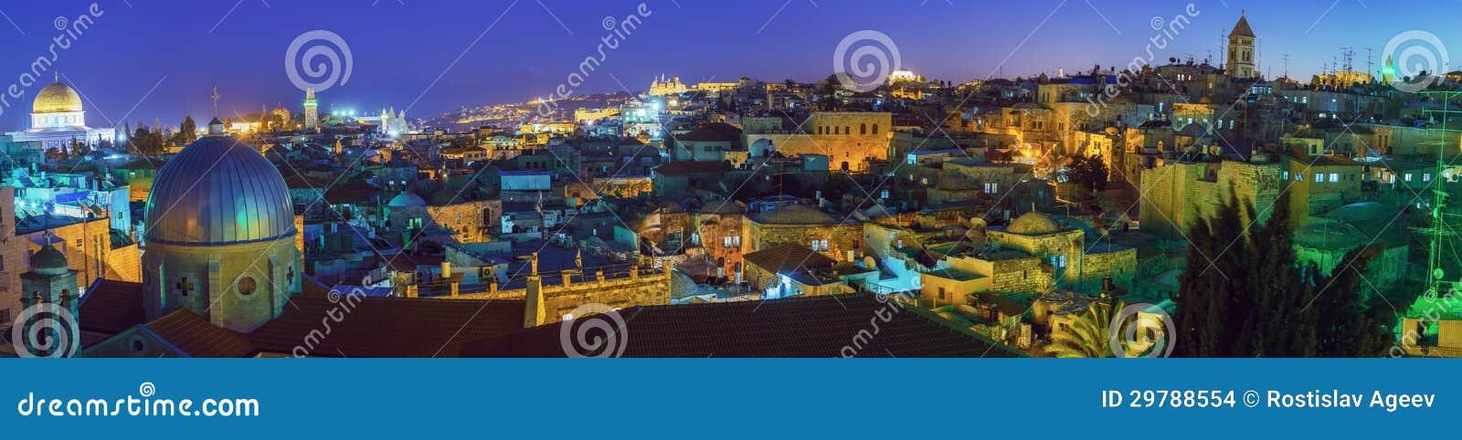 Panorama - gammal stad på natten, Jerusalem