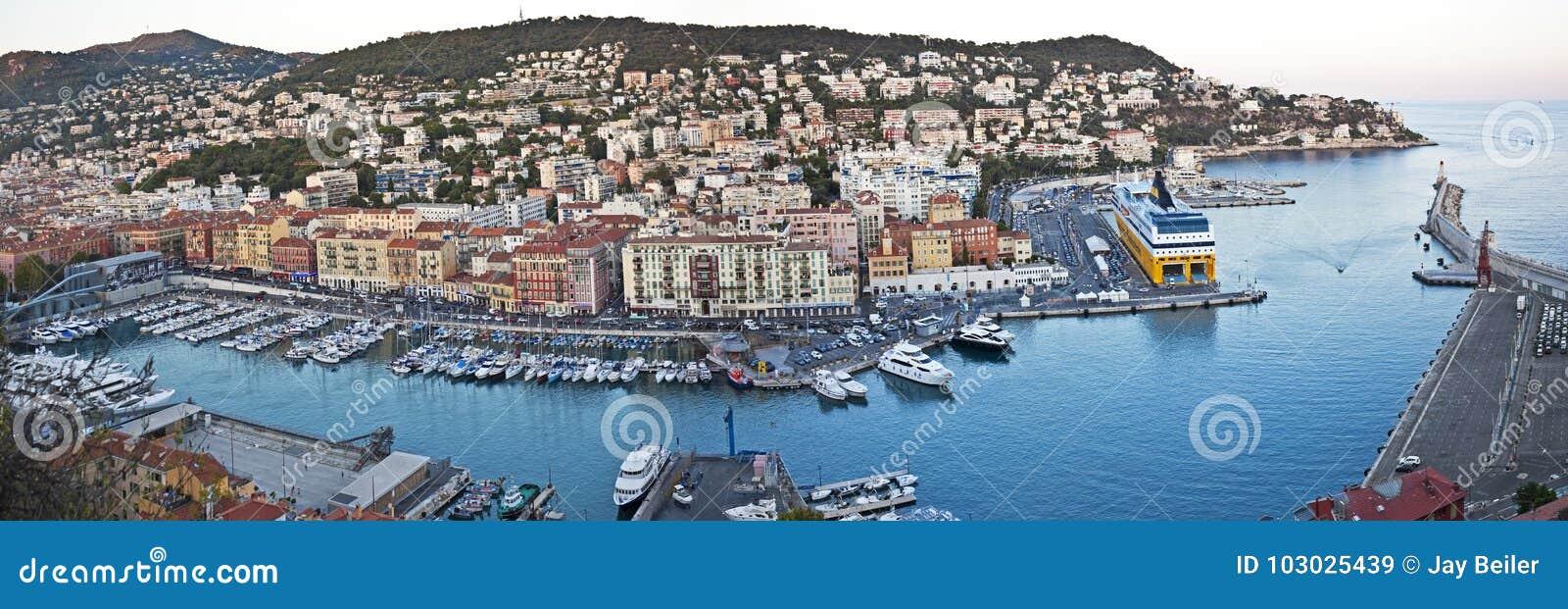 Panorama av port Lympia, Nice, Frankrike