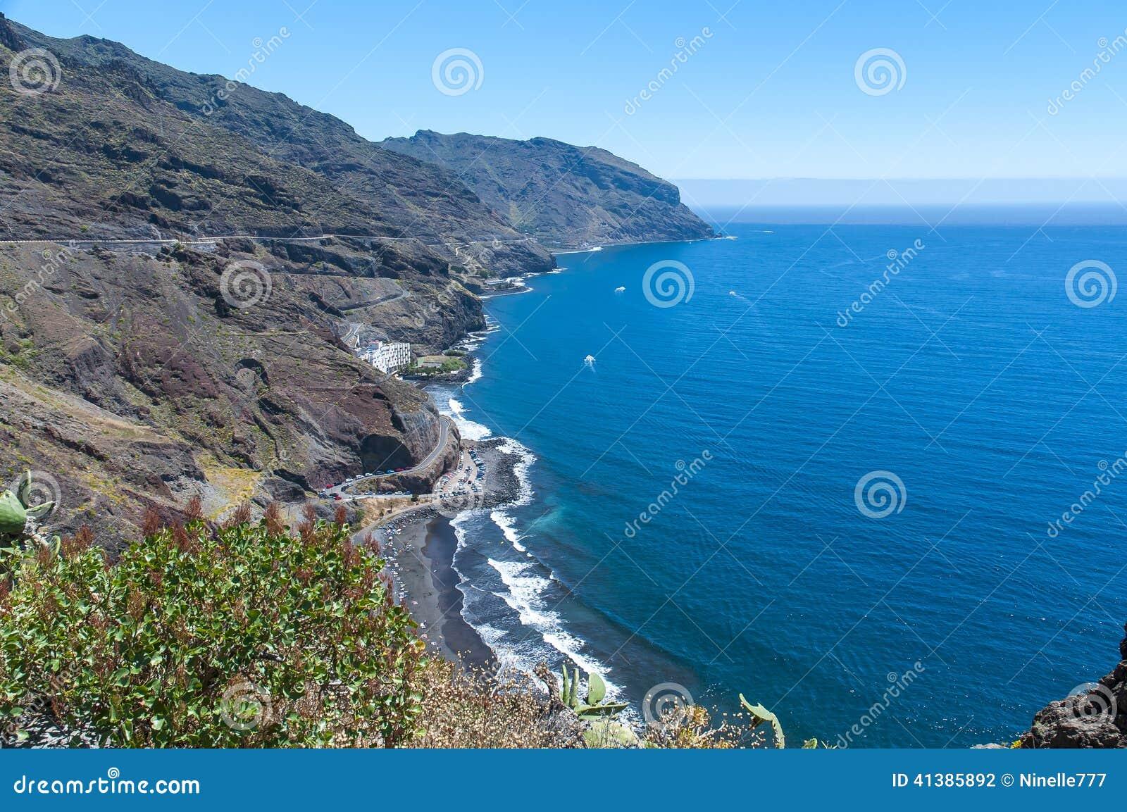 Panorama av stranden Las Teresitas, Tenerife, kanariefågelöar, Spanien