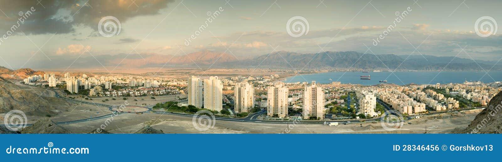 Panorama- beskåda på Eilat och Aqaba